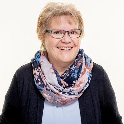 Mitarbeiterportraits für BMU Treuhand AG von Caro Stäger, Ausdrucksfotografie