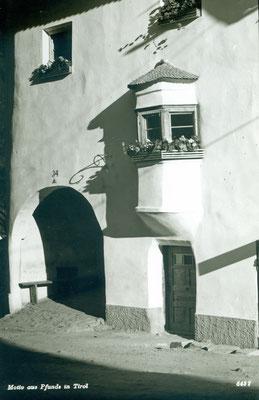 Erker vom Ellerhaus Pfunds/Postplatz 34