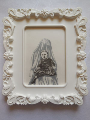 MUTTER GEIST No. I Graphite on Bütten & Transparent Paper, 18 x 13 cm (Frame 28 x 24 cm) 2014