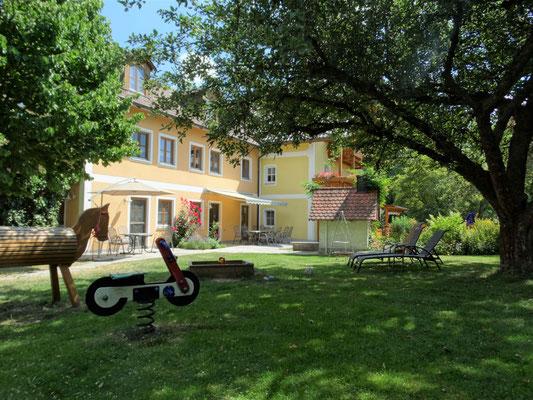 Ferienhof Schwarz-Hof: Entspannen und wohlfühlen!