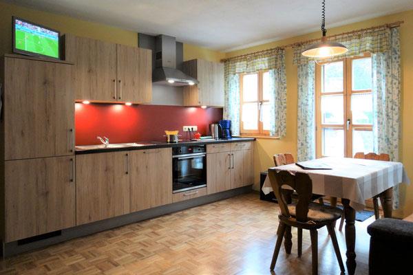 Appartement Himmlisch - gemütlicher Wohn- und Schlafraum mit moderner, neuer Küche