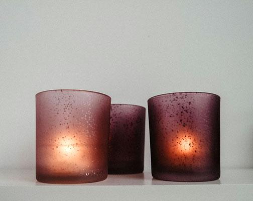 Teelichthalter aus Glas, berry | rosé, je 1,00 €