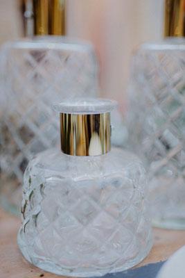 Klarglas Vase mit Goldakzent klein