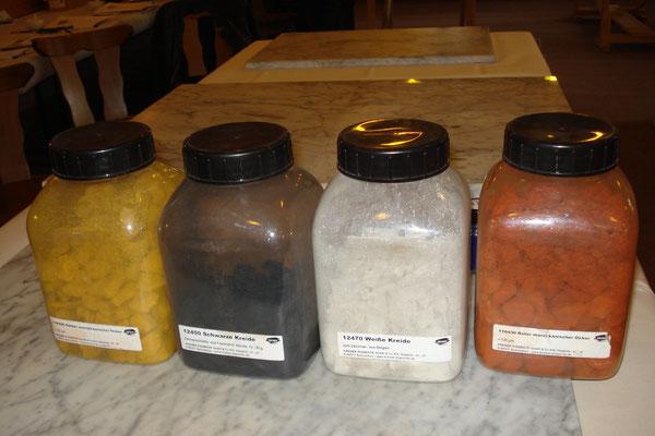 Die 4 Farben der Steinzeit