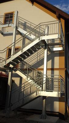 Treppenturm Feuerverzinkt