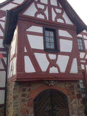 Das barocke Zollhaus ist Lengfeld  wurde 1707 erbaut und ist ein echtes Schmuckstück. (©odenwaldlust)