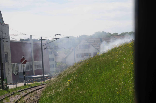 Noch kurz das Bahnbord in Brand gesetzt.