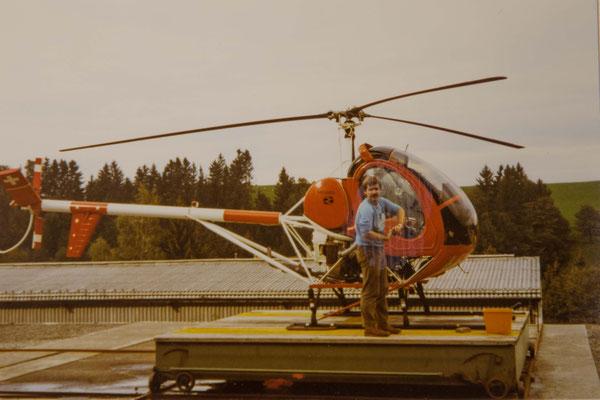 Dachlandeplatz Fuchs Helikopter Schindellegi