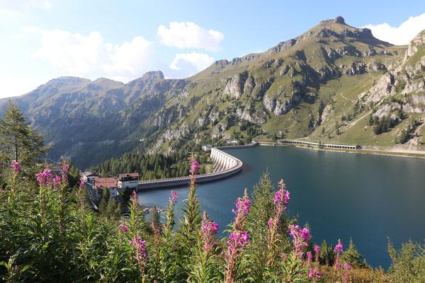 Lago di Feddaia (Dolomiten)