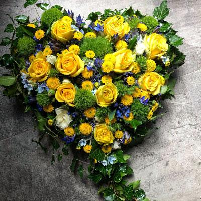 Trauergesteck - Herz gelb