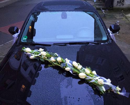 Hochzeitsfloristik - Autogesteck lang