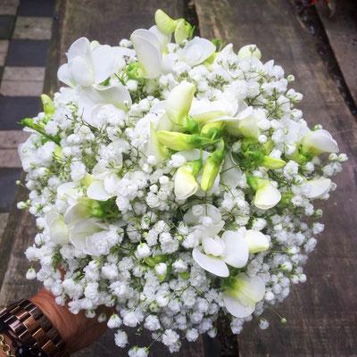 Hochzeitsfloristik - Brautstrauß weiss