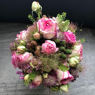 Hochzeitsfloristik - Brautstrauß pink