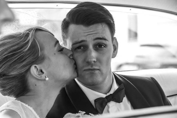 Brautpaar, Fotoshooting im US Car