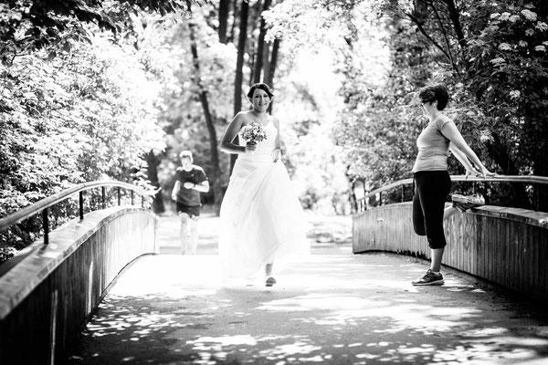 Hochzeitsfoto im Englischen Garten, München