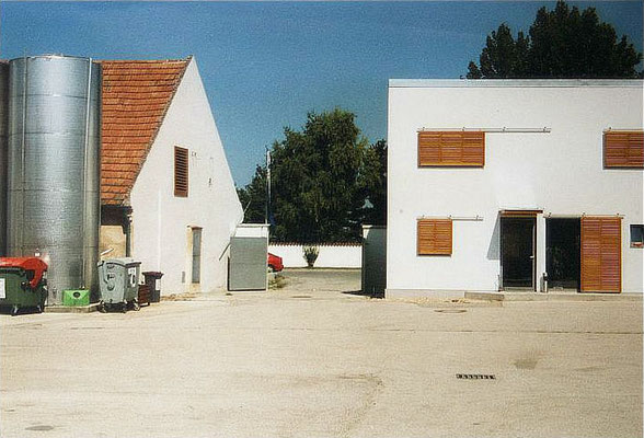 Hofansicht Weinbaubetrieb, Kategorie: Neubau