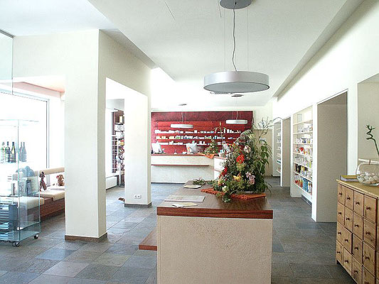 Innenraum Apotheke, Kategorie: Umbau und Möbel Entwurf