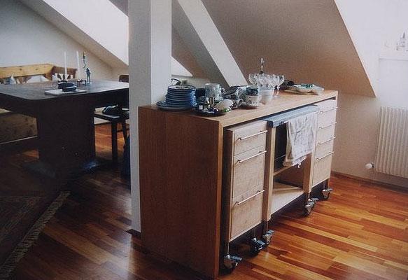 Küchenplanung in einem Dachgeschoß, Kategorie: Möbel Entwurf