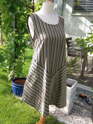luftiges Sommerkleid aus Seide aus dem Brocki