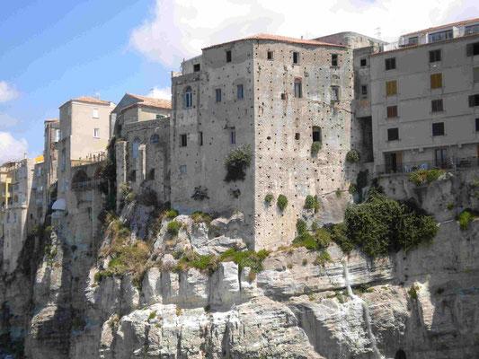 Blick auf die Altstadt von Tropea