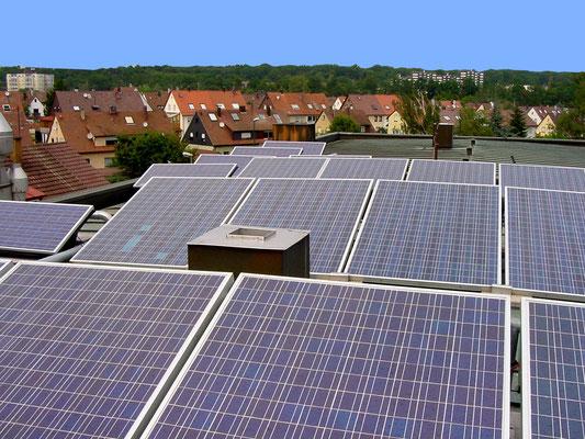 Unsere Photovoltaik-Anlage auf dem Hauptgeschäft im Eckenweiher