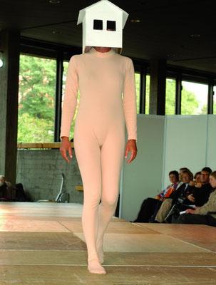 Laufsteg der Frauen / Women Catwalk, Theater Ingolstadt, 2002