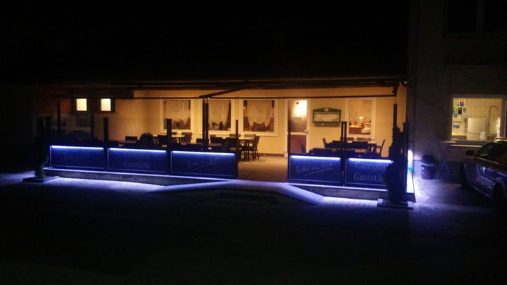 Windschutz beleuchtet mit LED