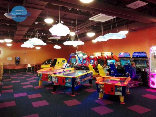 Spielhalle Center Park Bostalsee (c) maximalplanet