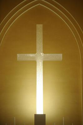 ガラスの十字架