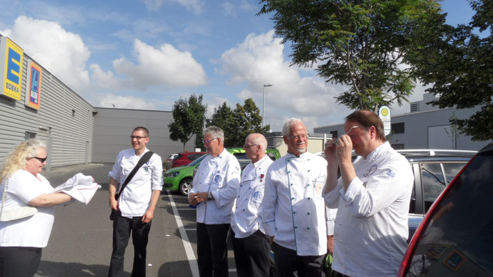 Ankunft in Rüsselsheim, Treffen der Kollegen aus den hessischen Regionen