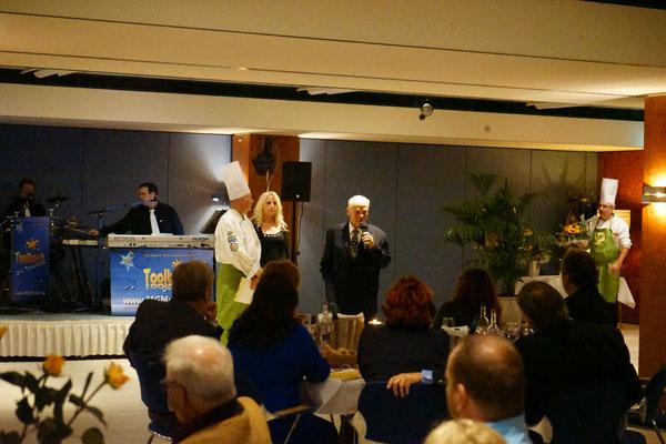 Unser Ehrengast Günter Fischer - Generalprior des Laurentiusordens für Deutschland und Europa sprach nette Grußworte. Der heilige Laurentius ist der Schutzpadron der Köche.