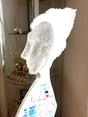 """Glaskopf hergestellt in """"Patte de Verre"""""""
