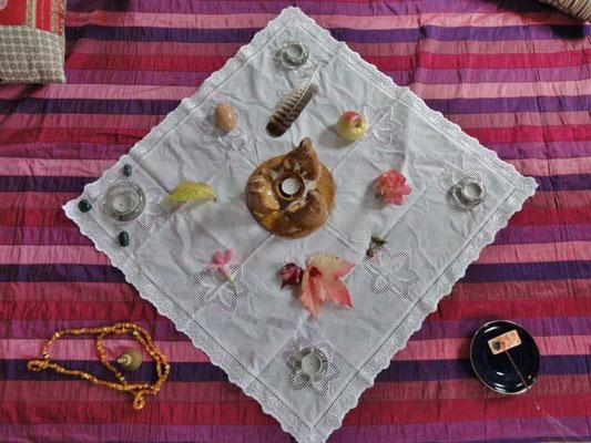 ein kleiner Altar ist wieder gerichtet, spannende Themen erwarten uns, u.a. unser Umgang mit Sexualität