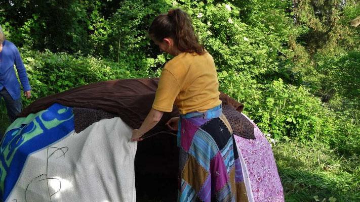 Decke reiht sich an Decke