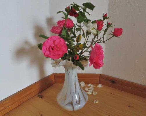 die Blumen der Liebe zur Begrüßung
