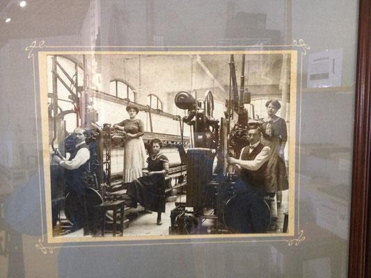 Stickereifamilie im 19. Jahrhundert