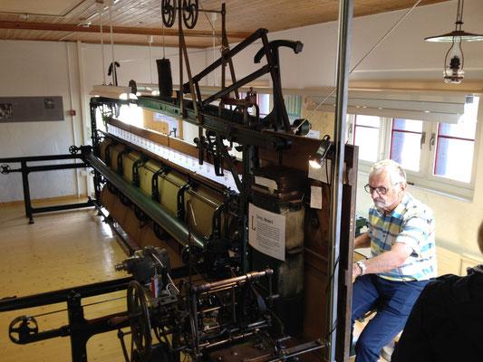 Stickmaschine im Balgacher Ortsmuseum