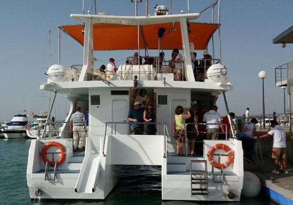 catamaran para paseos en Cádiz