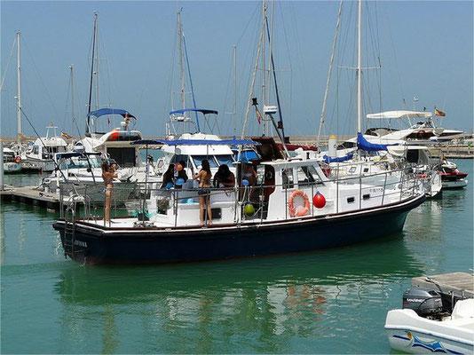 alquiler de barco a motor en Cádiz