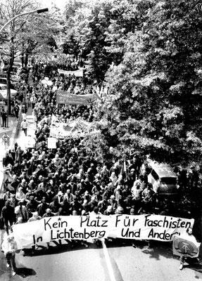 Antifa-Demo, 23. Juli 1990 in Berlin - Lichtenberg; Foto: Archiv Zeitschrift telegraph
