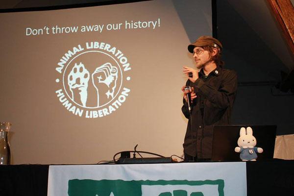 Tom beim Vortrag