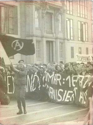 chwarz-Roter Block auf der Demonstration am 4. November 1989 in Berlin (Ost); Archiv Zeitschrift telegraph