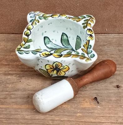 Mortero de cerámica vintage