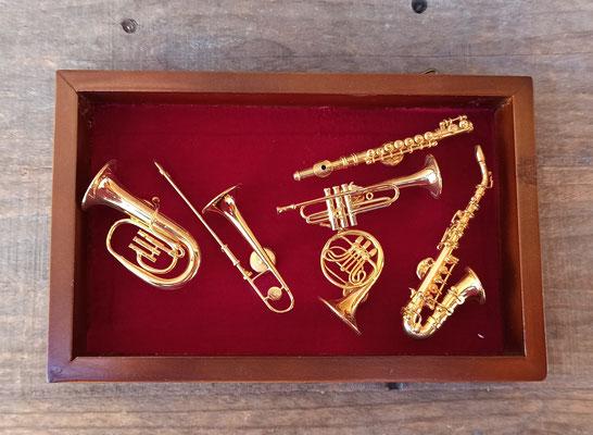 Imanes instrumentos de viento