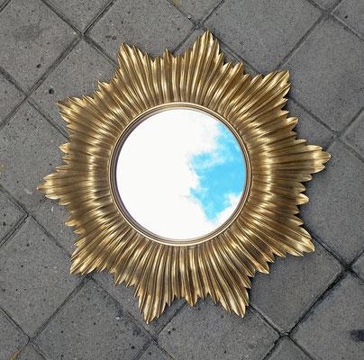 Espejo resina dorado. Ref 38920. 50 centímetros diámetro total. 20 centímetros diámetro espejo