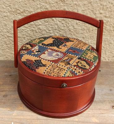 Costurero de madera con tapa acolchada