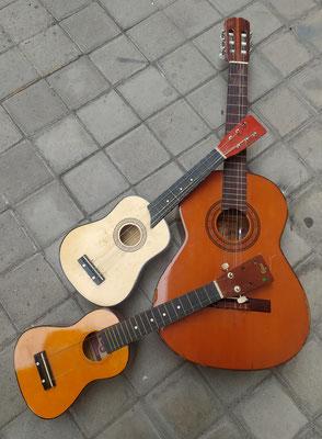 Guitarras. Varios modelos disponibles.