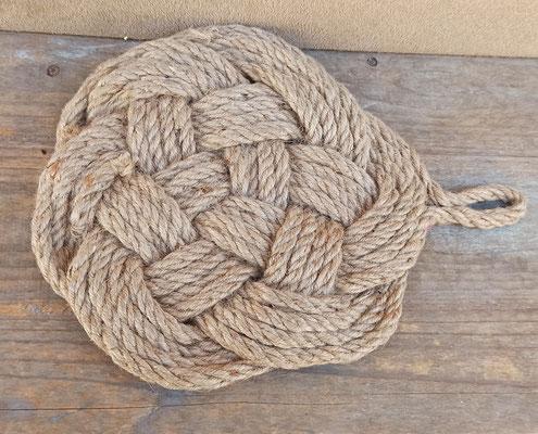 Salvamanteles cuerda