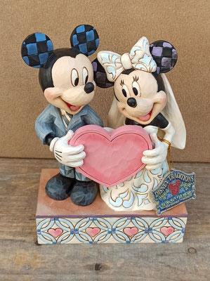 Mickey y Minnie novios