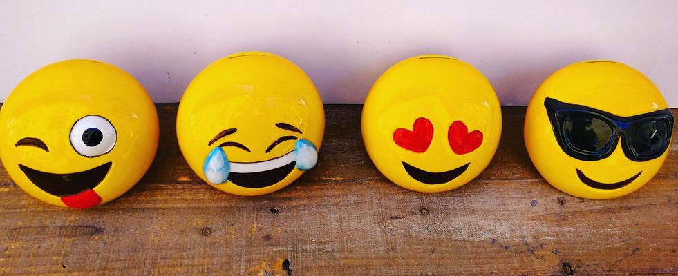 Huchas emoji